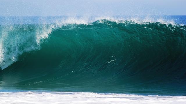 vlna oceánu