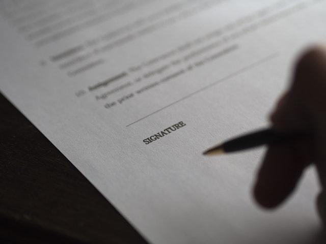 smlouva akorát na podepsání