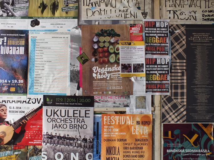 vytištěné plakáty