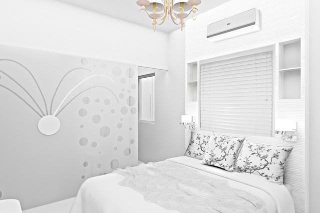 ložnice koncipovaná do bílé barvy
